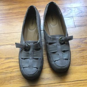 Women's light brown shoes Thom  Mcan size 10